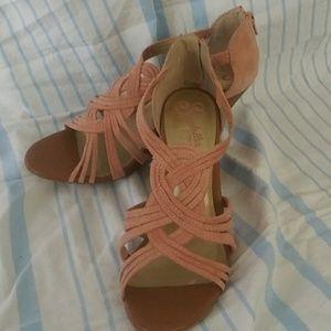Seychelles, pink suede heels Sz.9